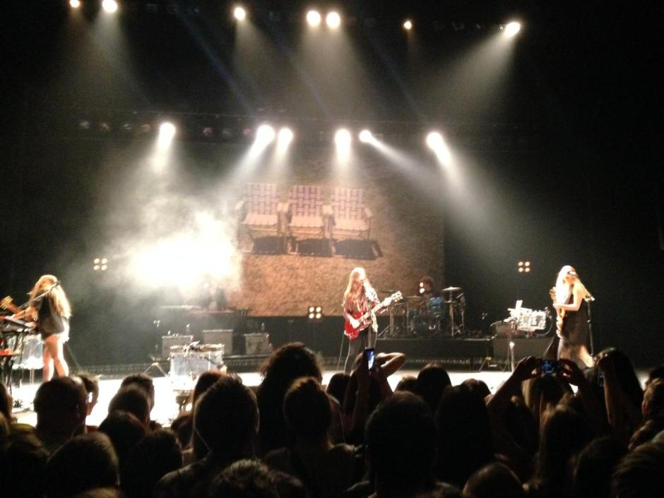 HAIM Seattle Paramount Theater (Christine Geronimo)
